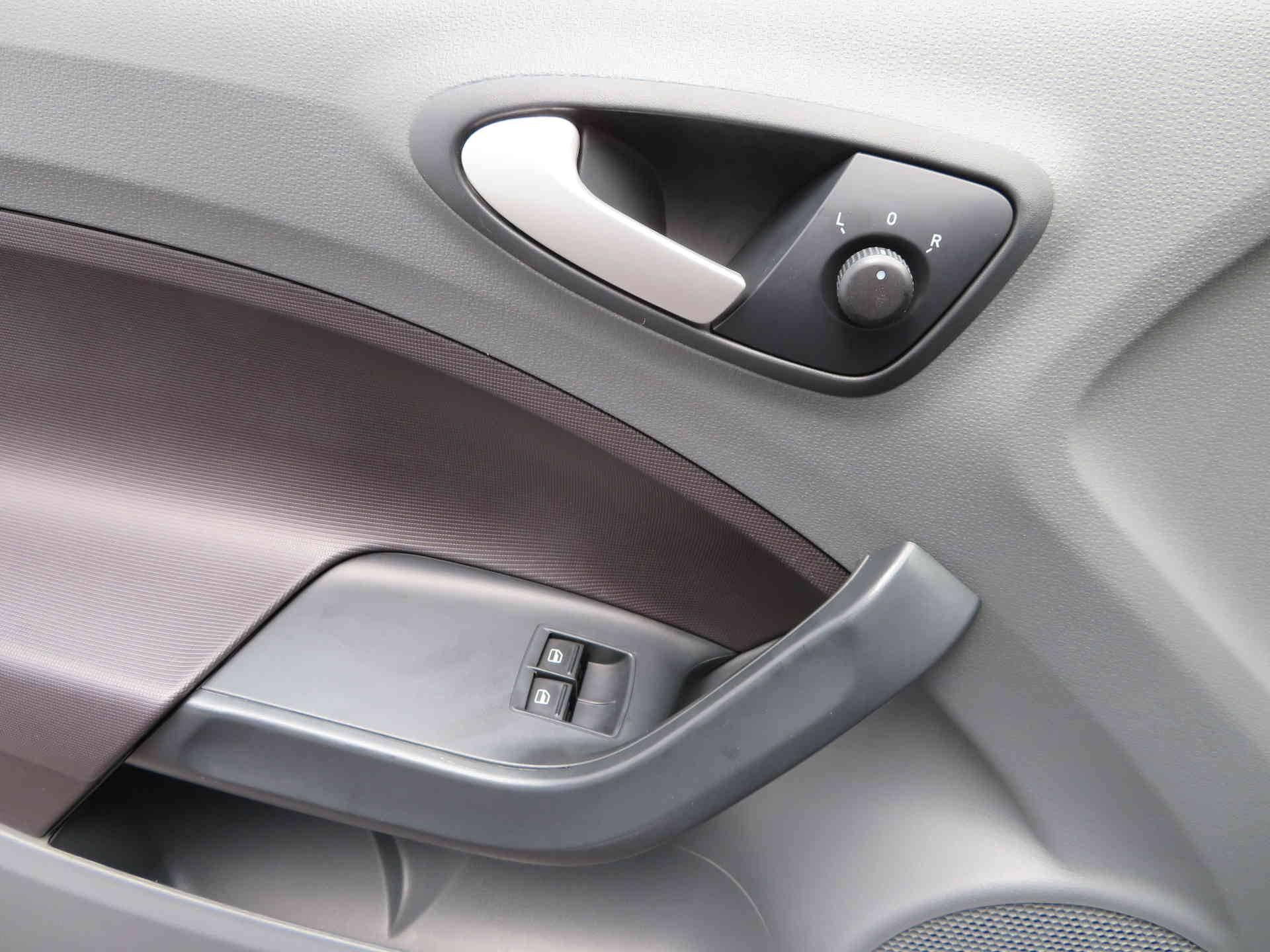 10 - Ibiza SC 1.4i 16V 85