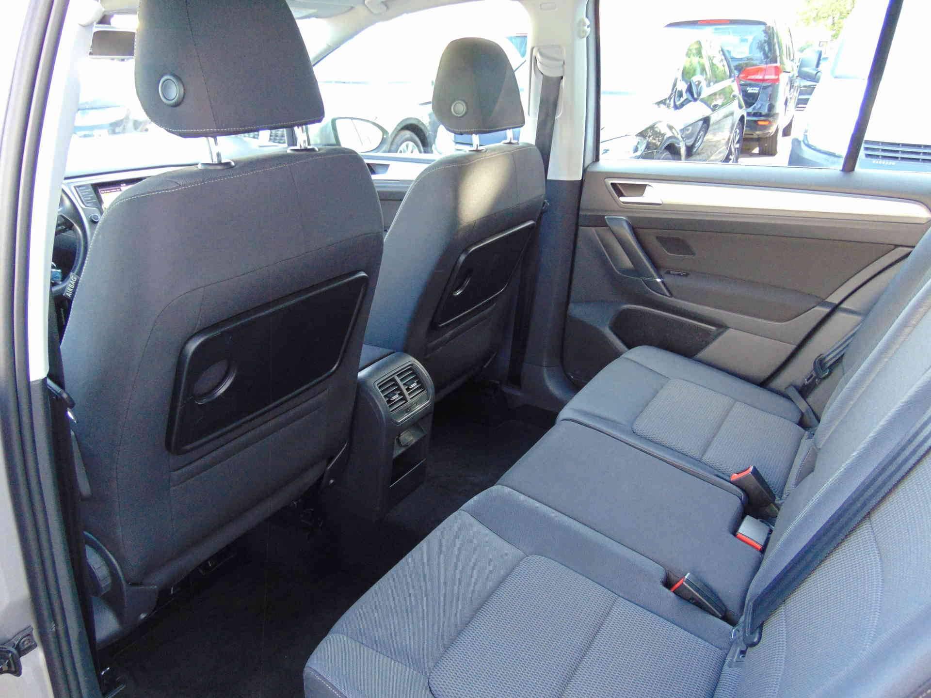 4 - Golf Sportsvan 2.0 TDI 150 FAP BMT