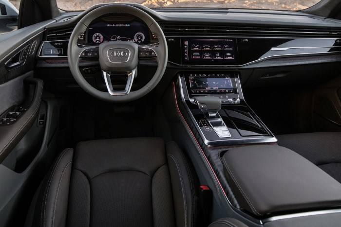 Audi Q8 - Connexion
