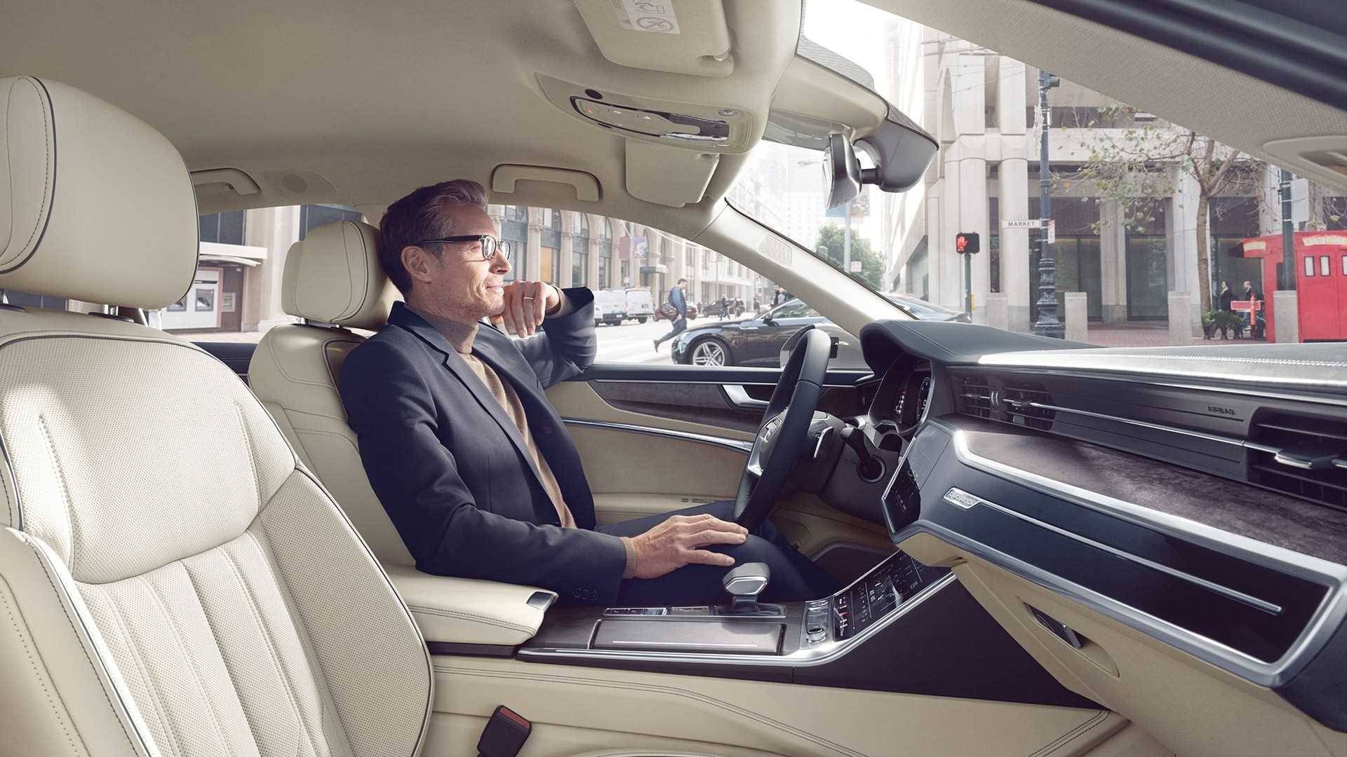 Audi A6 Berline 2018 intérieur beige