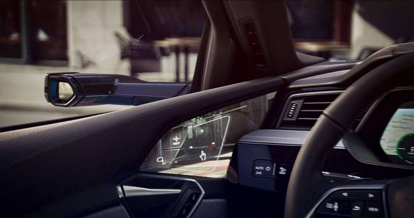 Audi e-tron rétroviseurs virtuels écran portière
