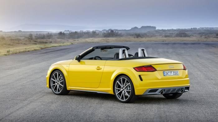 Audi TT Roadster 2019 Jaune profil