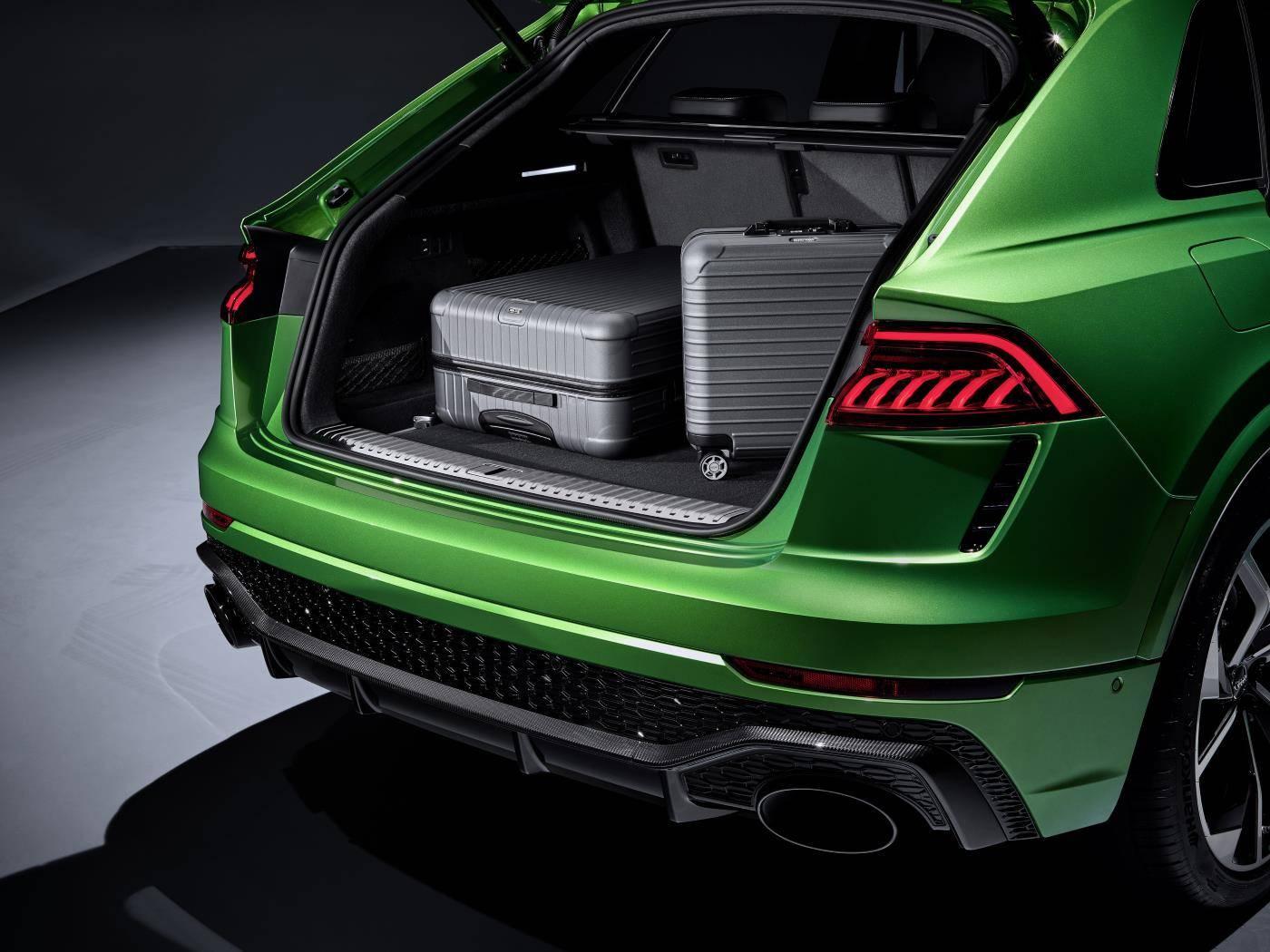 Nouvelle Audi RSQ8 ntérieur coffre bagages photo