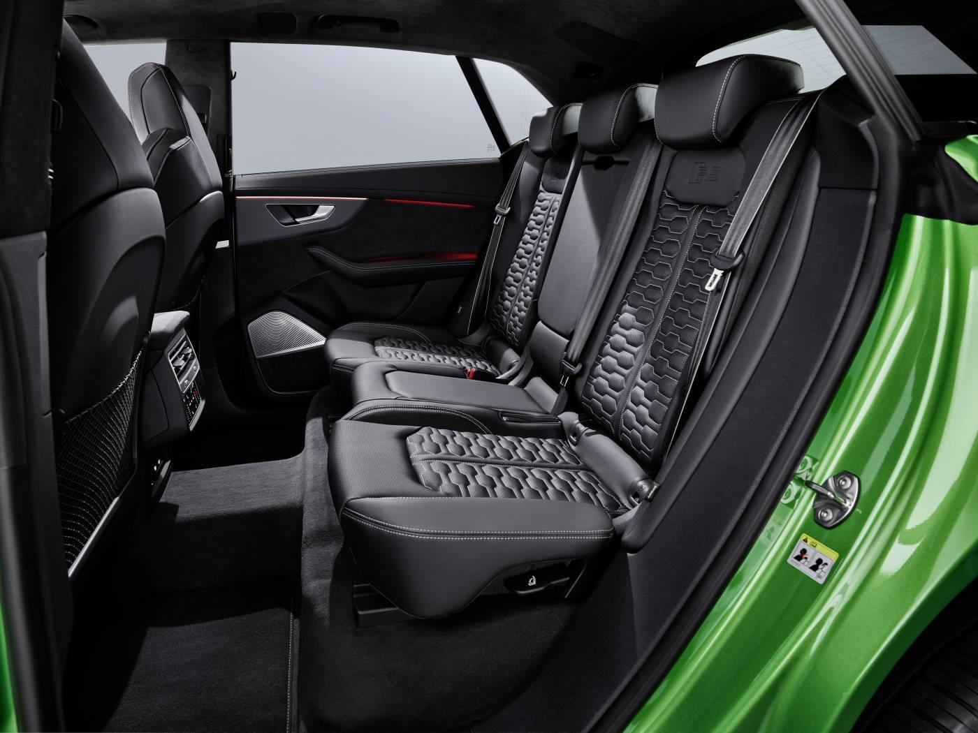 Nouvelle Audi RSQ8 intérieur siège places arrières
