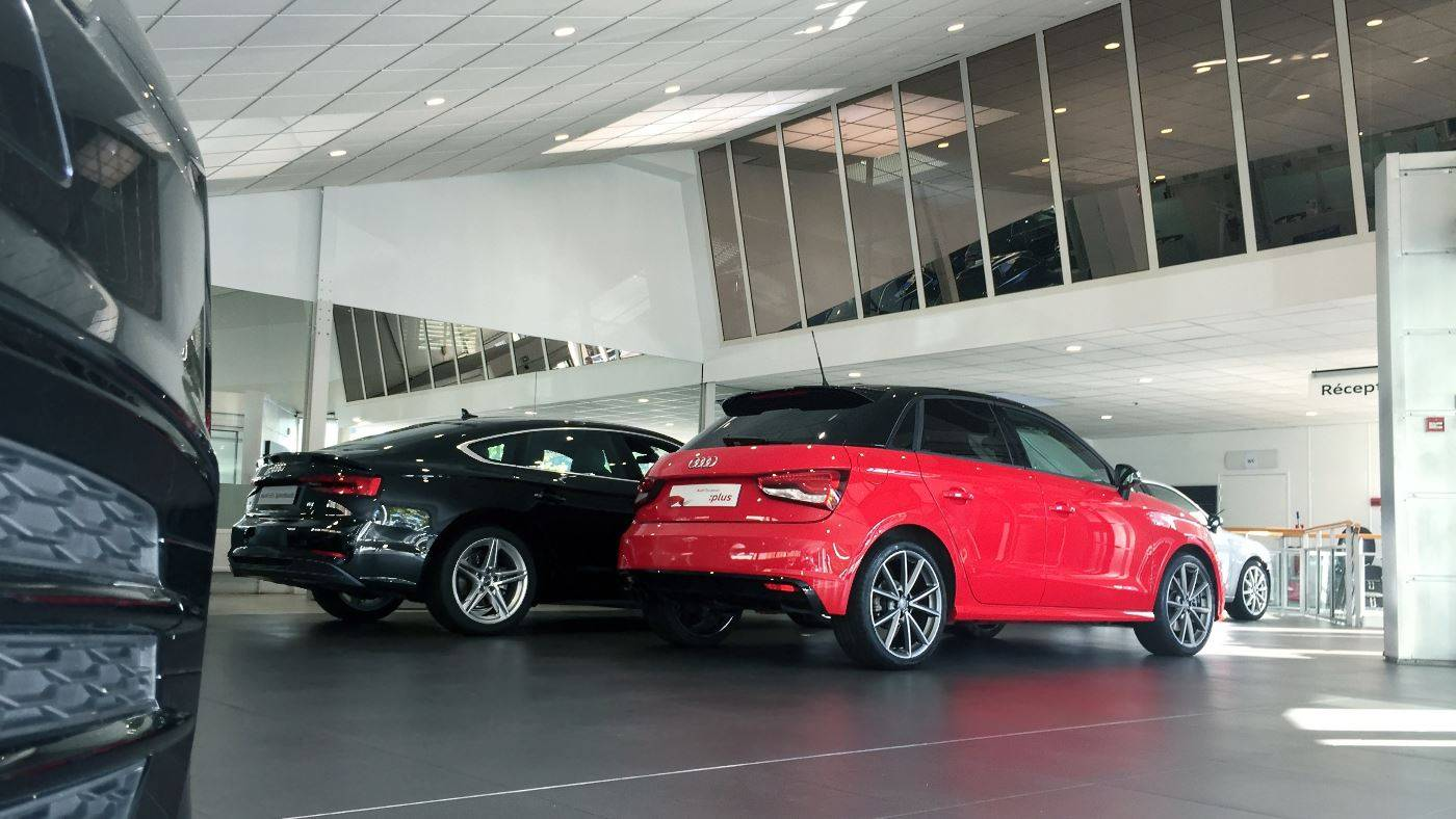 Audi Bauer Paris Nanterre > Showroom exposition