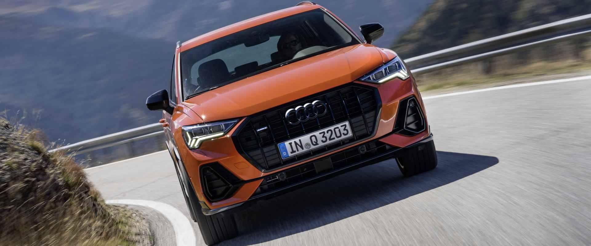 Audi Q3 2019 - Audi Paris header art