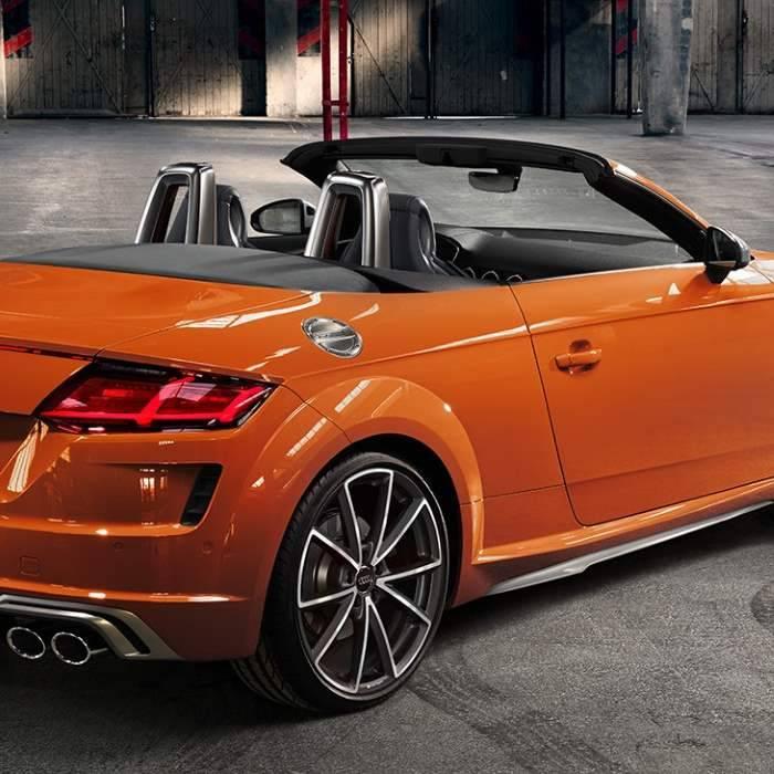 Nouvelle Audi TTS Roadster capote