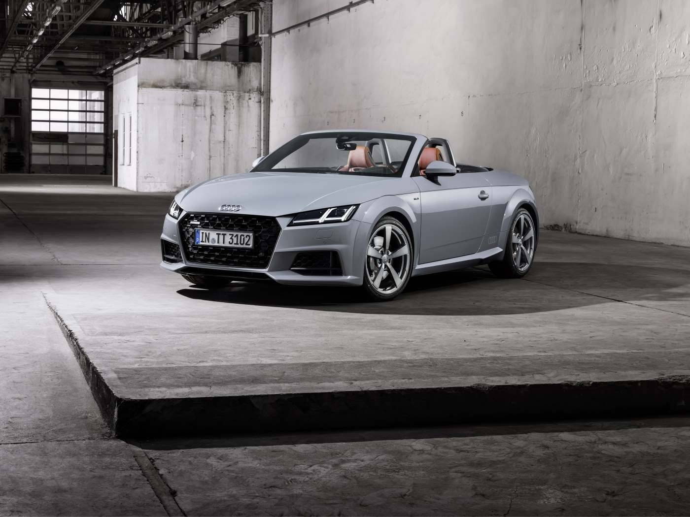 Audi TT 20 ans - 3/4 avant