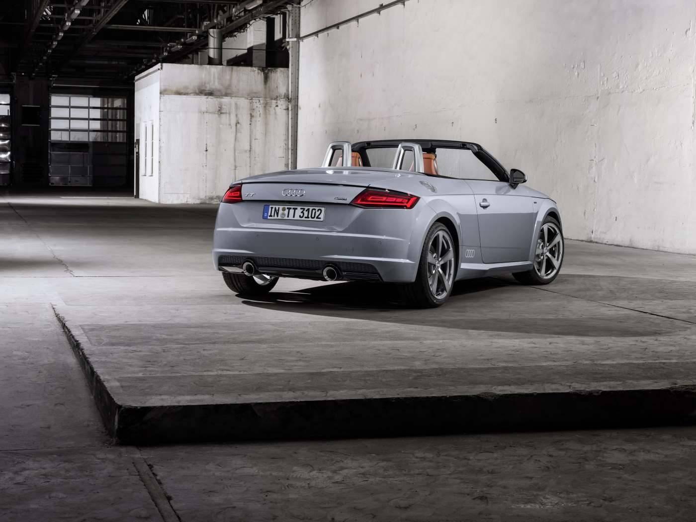 Audi TT 20 ans - 3/4 arrière