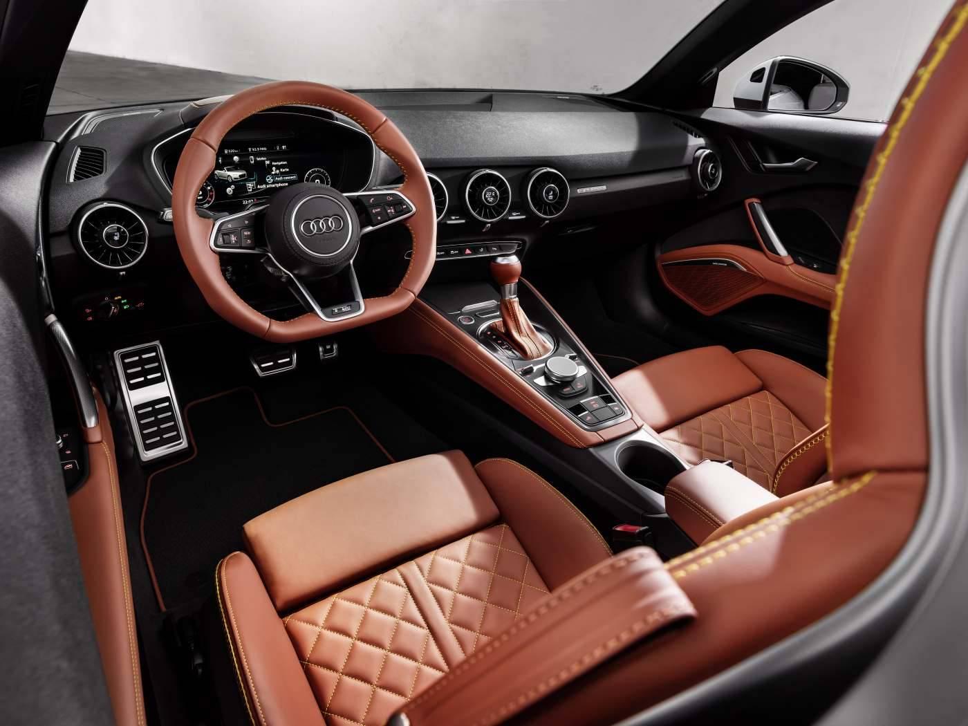Audi TT 20 ans - conducteur