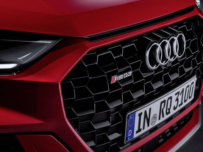 Nouvelle Audi RSQ3 2020 rouge
