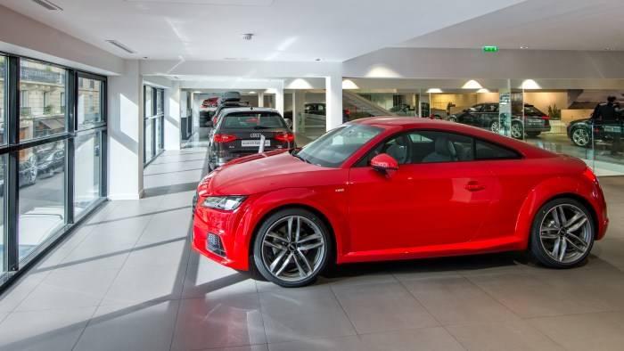 Audi Paris Wagram > Audi TT rouge expo neuf