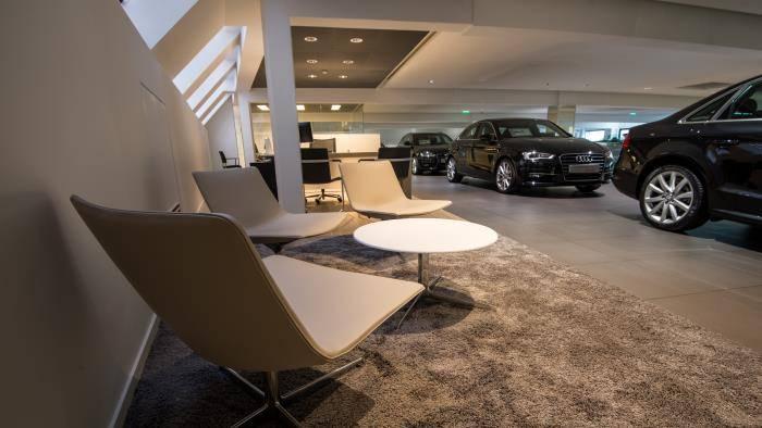 Audi Paris Wagram > Salon d'attente occasion
