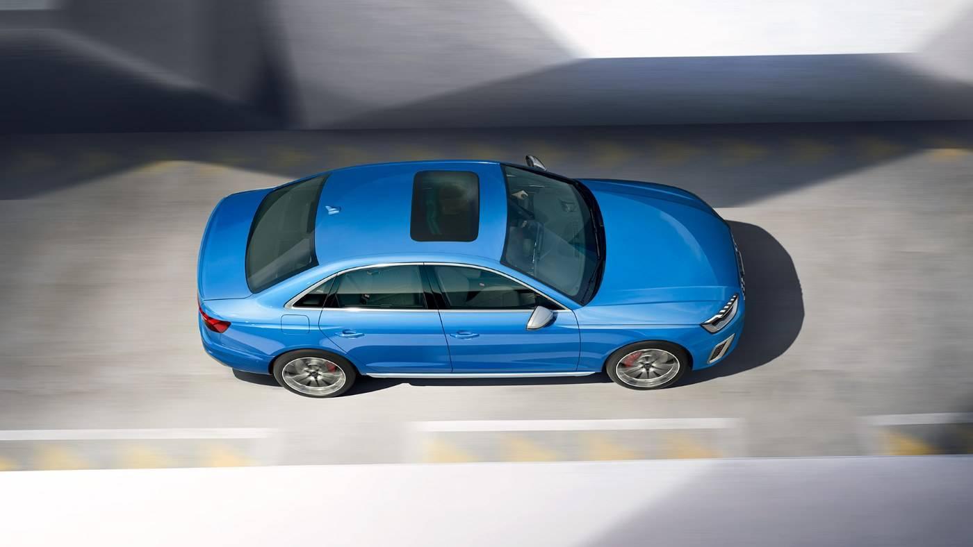 Nouvelle Audi S4 Berline 2020 vue de dessus toit