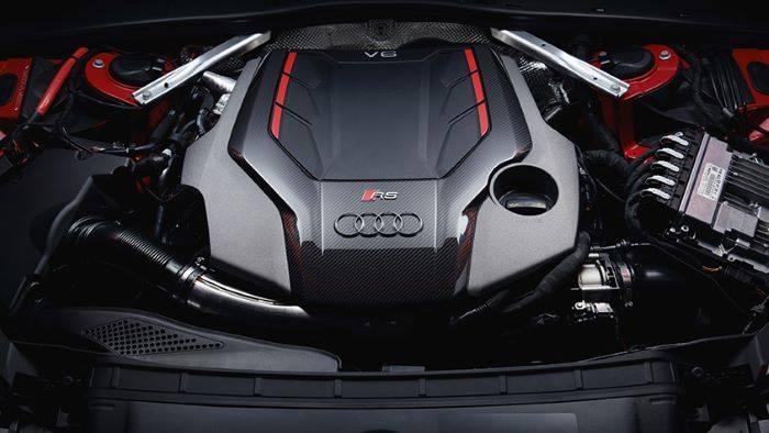 Nouvelle Audi RS4 Avant sport 2019 2020 moteur