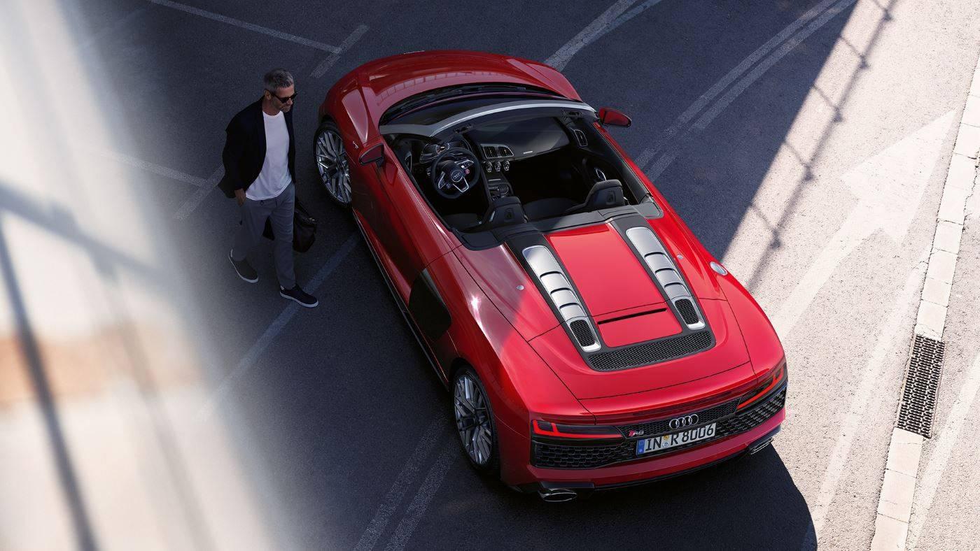 Audi R8 Spyder V10 quattro vue de dessus arriere