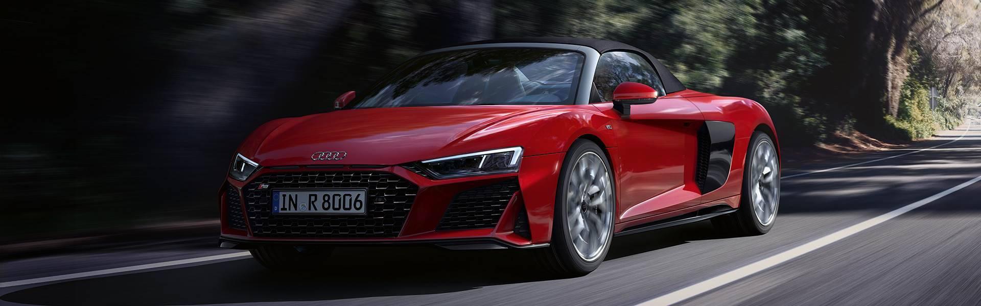 Audi R8 Spyder V10 quattro décapotée face rouge