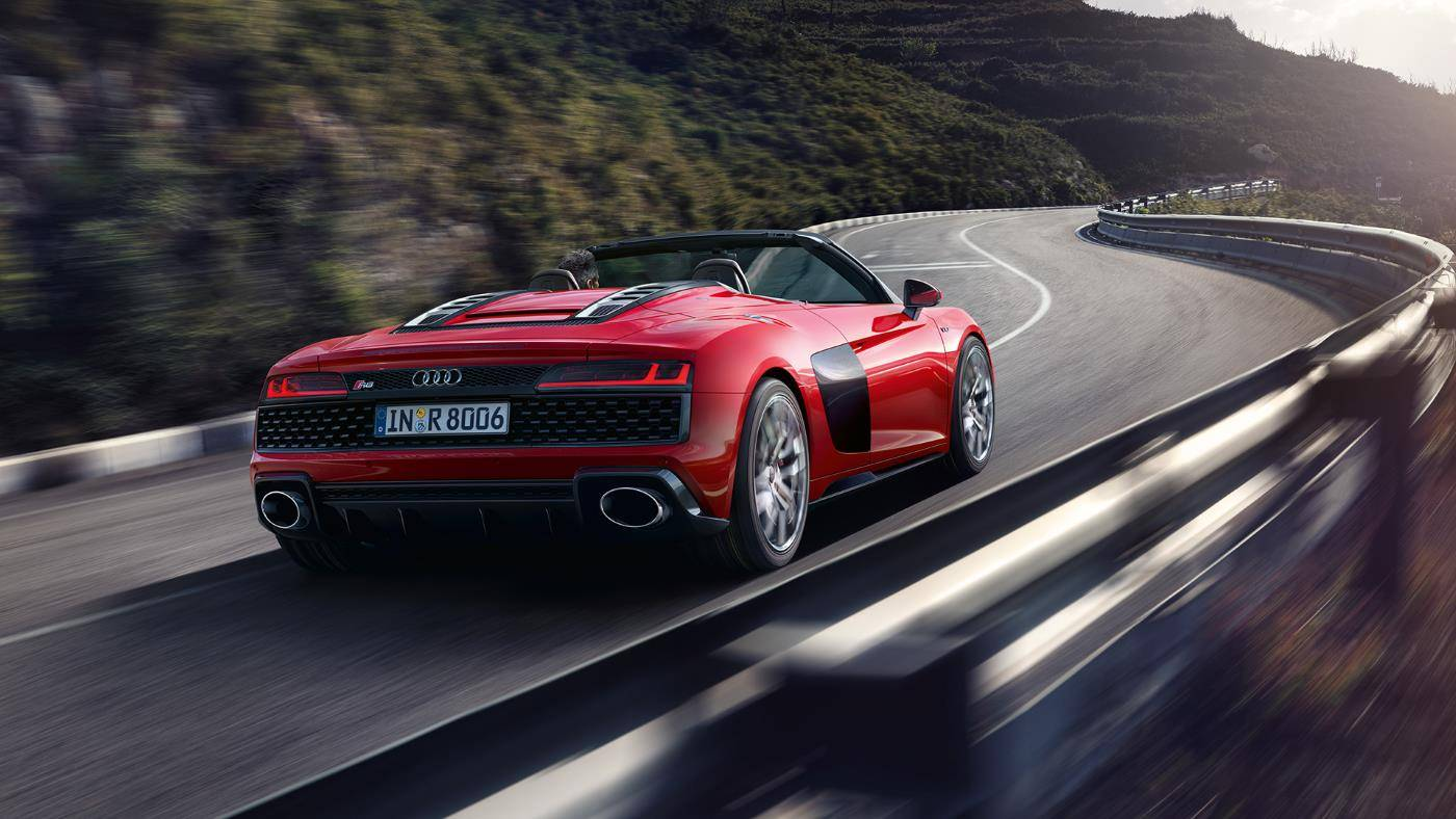 Audi R8 Spyder V10 quattro décapotée dos rouge