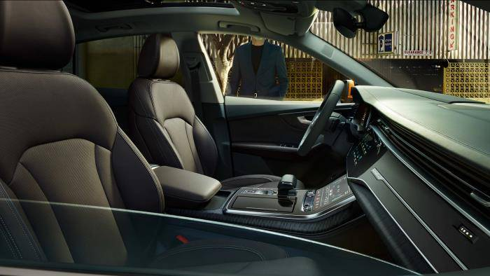 Audi Q8 > Intérieur épuré