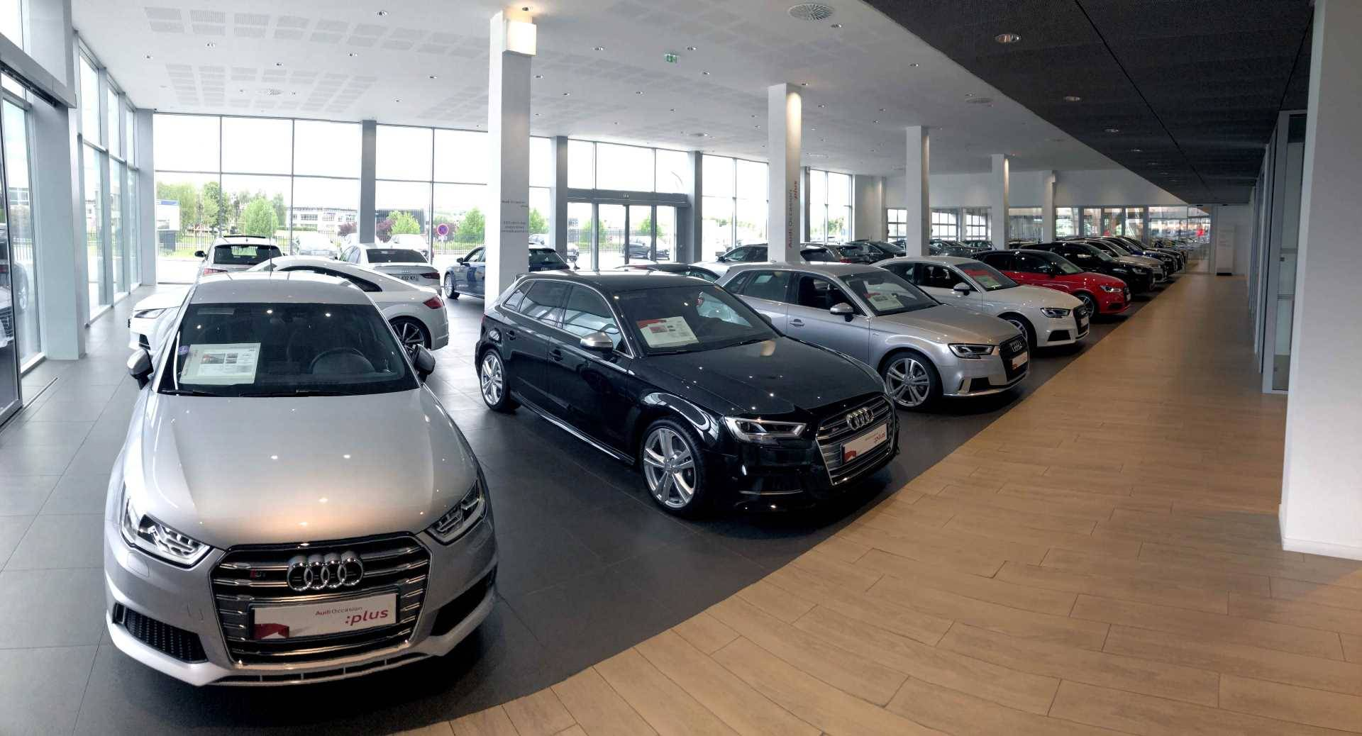 Exposition Audi Occasion :plus Bauer Paris Roissy