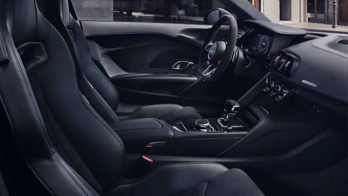 Nouvelle Audi R8 coupé V10 intérieur noir