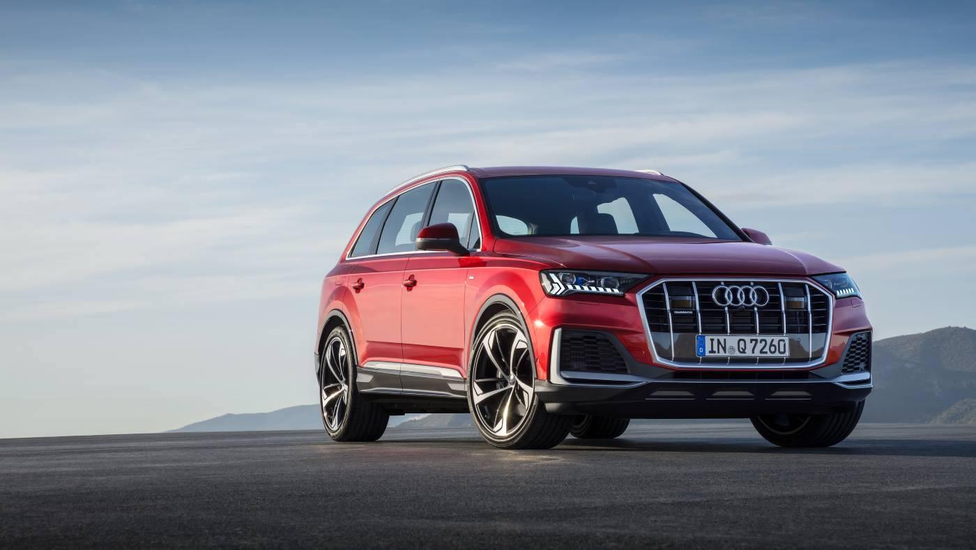 Nouvelle Audi Q7 2019 2020 rouge 3 quarts avant