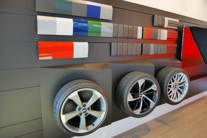 Audi Sport Bauer Paris Roissy 700