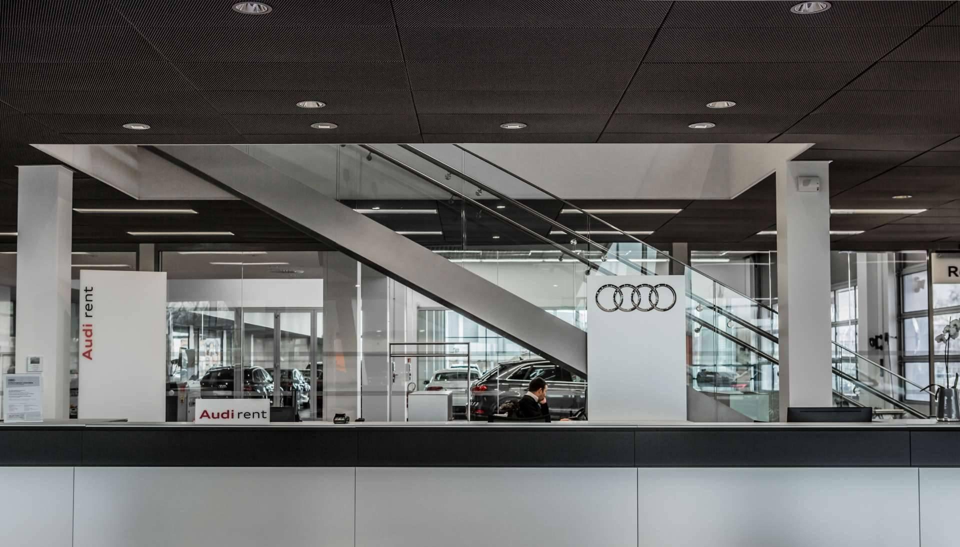 Audi Bauer Paris Roissy Audi rent 1920