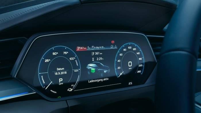 Audi e-tron compte-tour digital