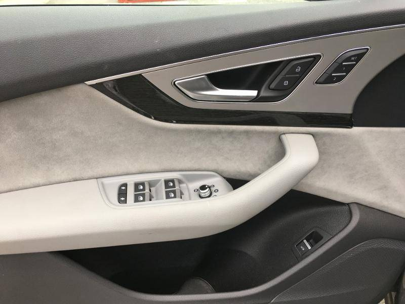Q7 3.0 V6 TDI Clean Diesel 272 Tiptronic 8 Quattro 5pl