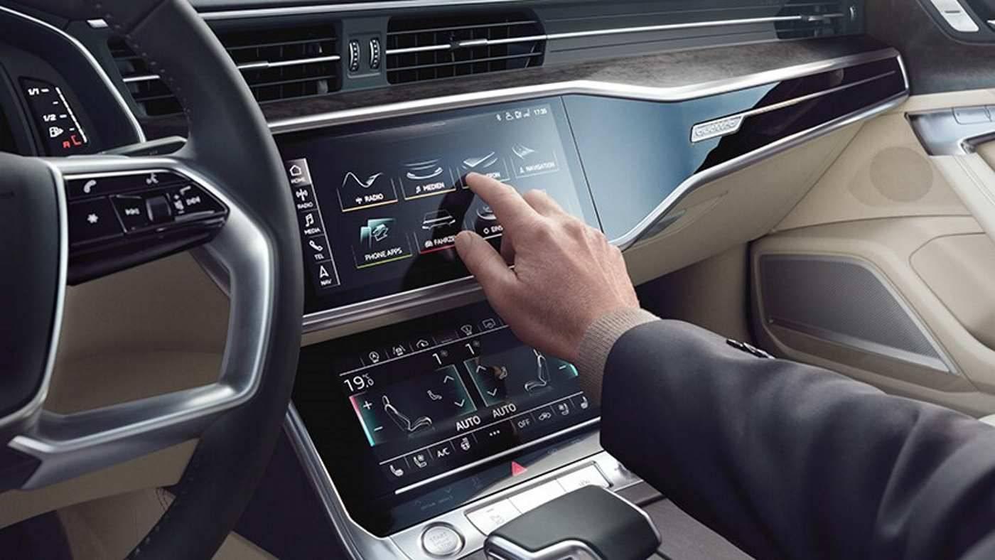 Nouvelle Audi A6 avant écran digital haptique