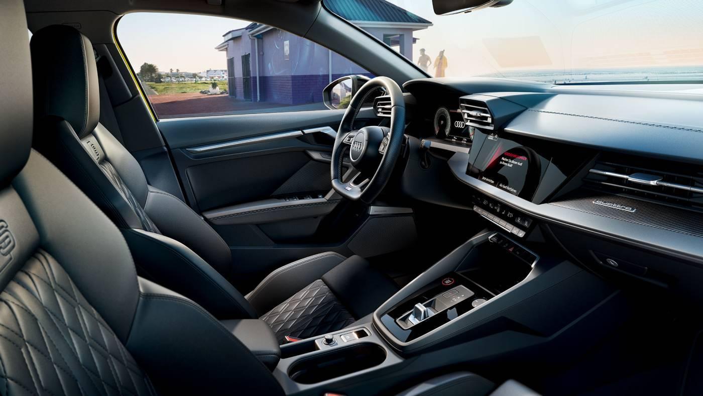 Nouvelle Audi S3 Sportback intérieur siège prix