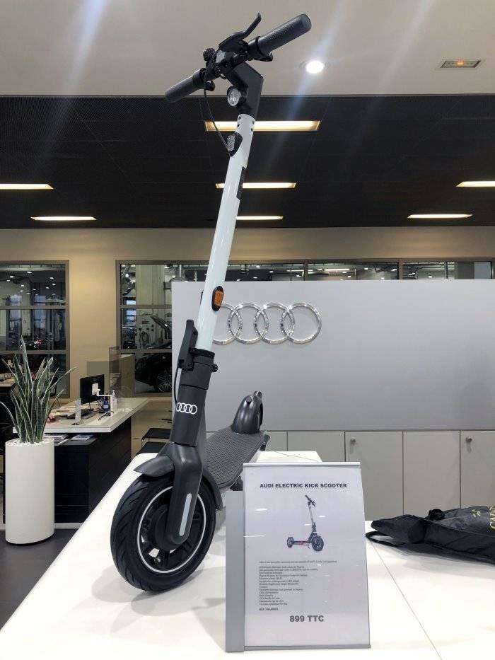 Trottinette électrique Audi prix commander dispo
