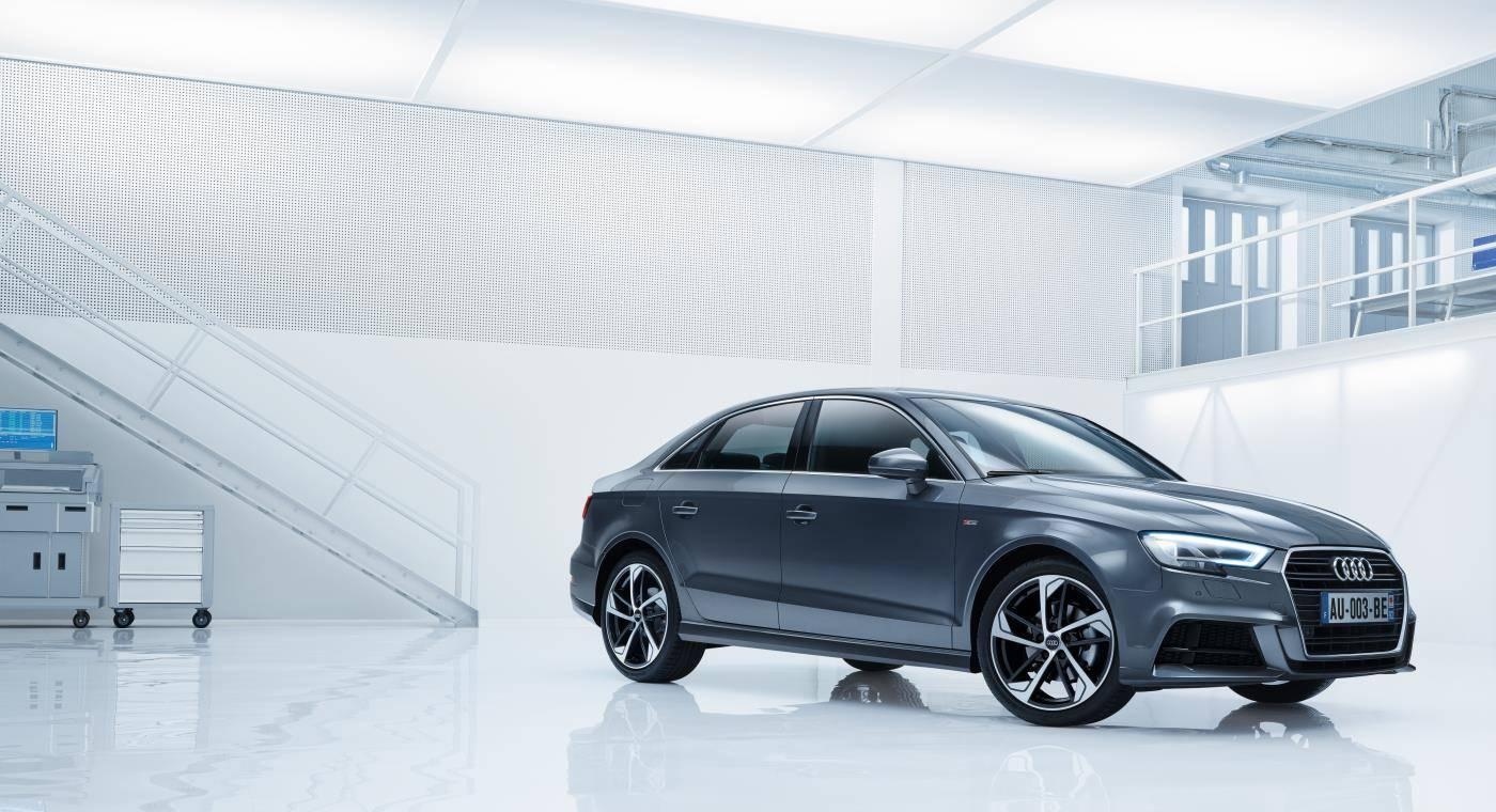 Audi A3 Sport Limited Berline grise