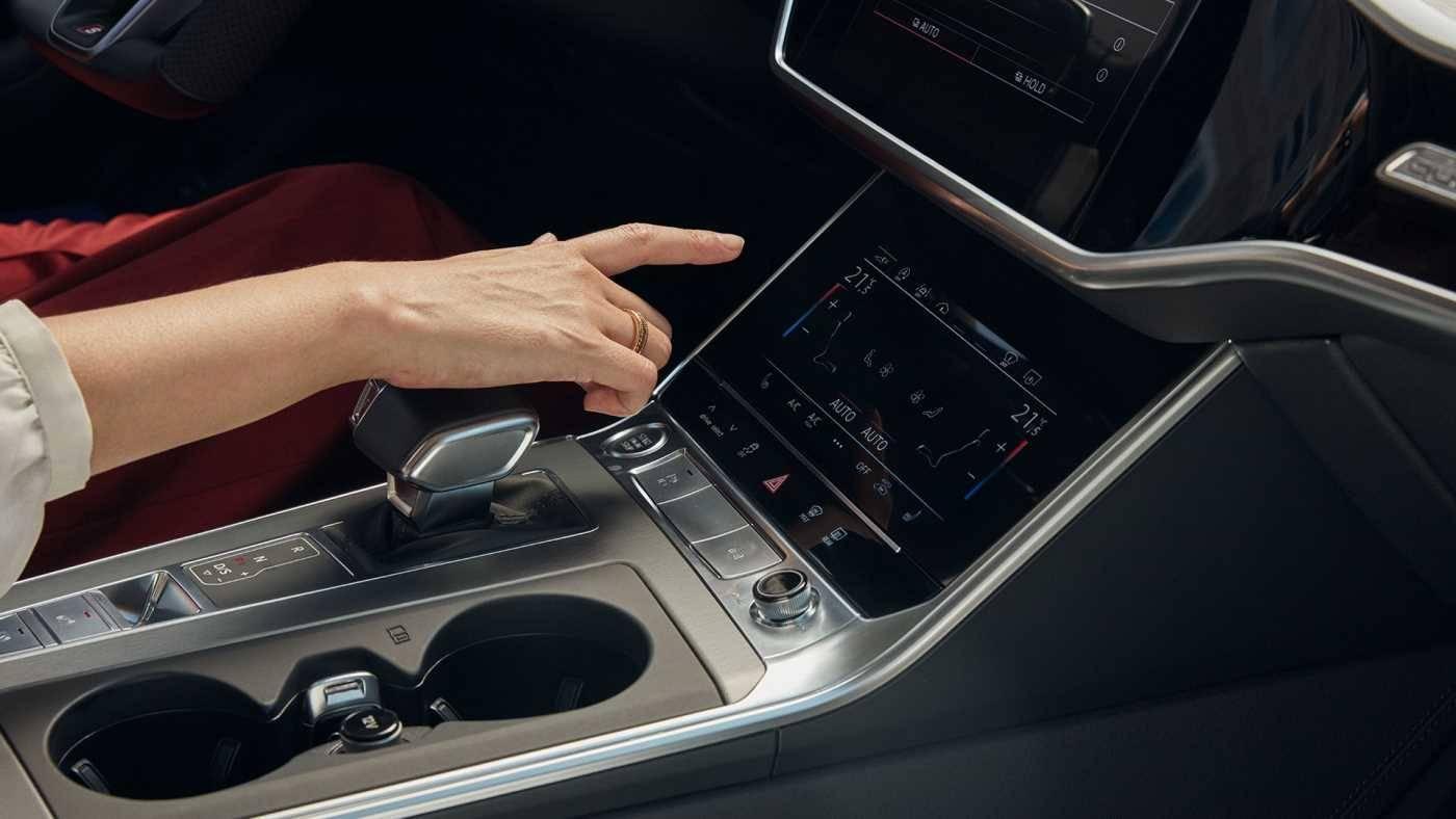 écran digital application Audi A6 Avant hybride
