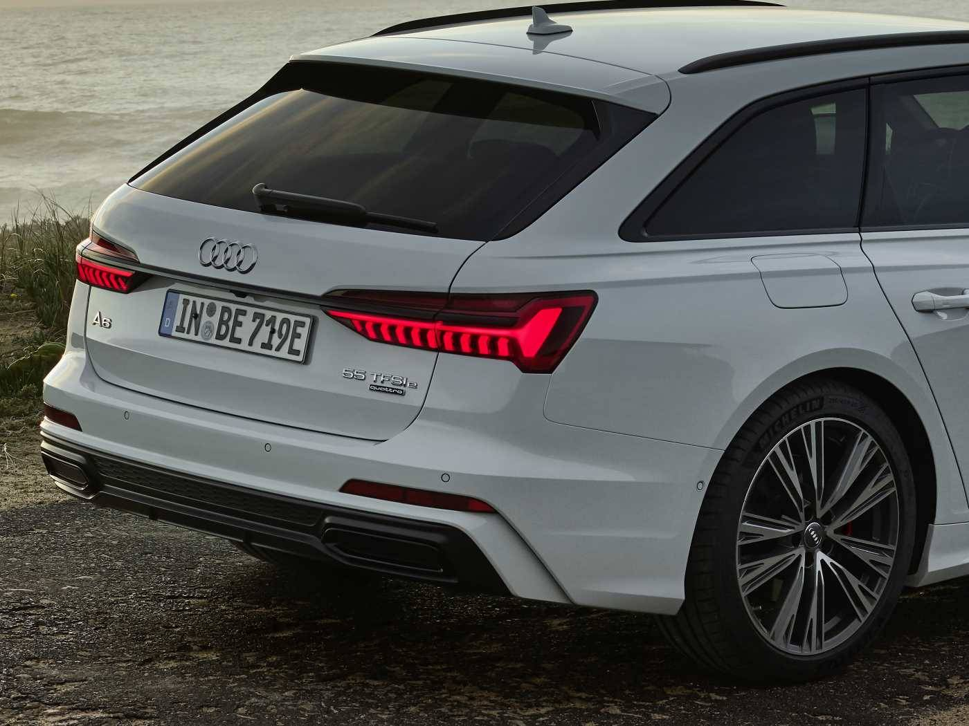 Audi A6 Avant hybride TFSIe prix 2021 phares led