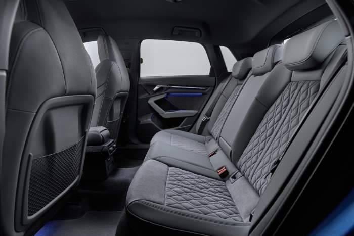 Nouvelle Audi A3 sportback banquette arrière grise