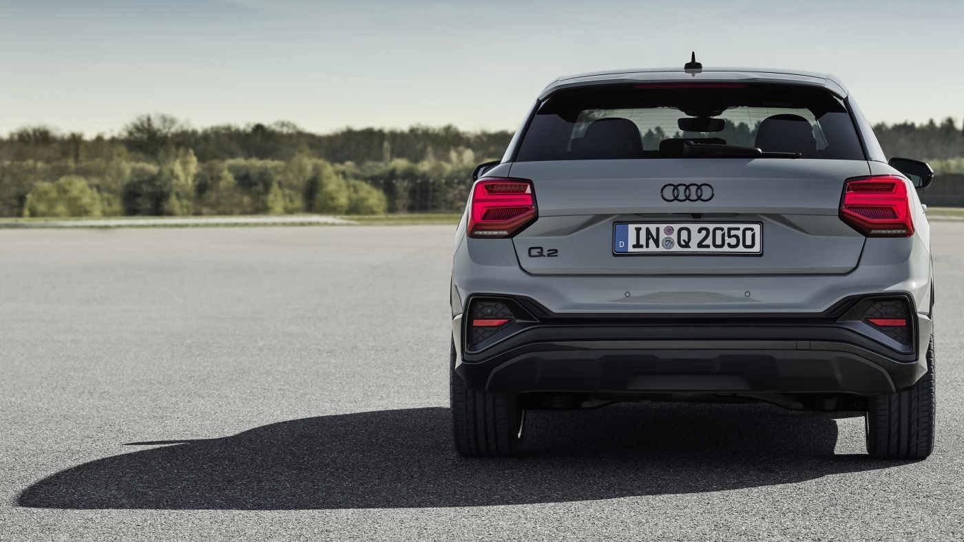 Nouvel Audi Q2 arrière échappement gris