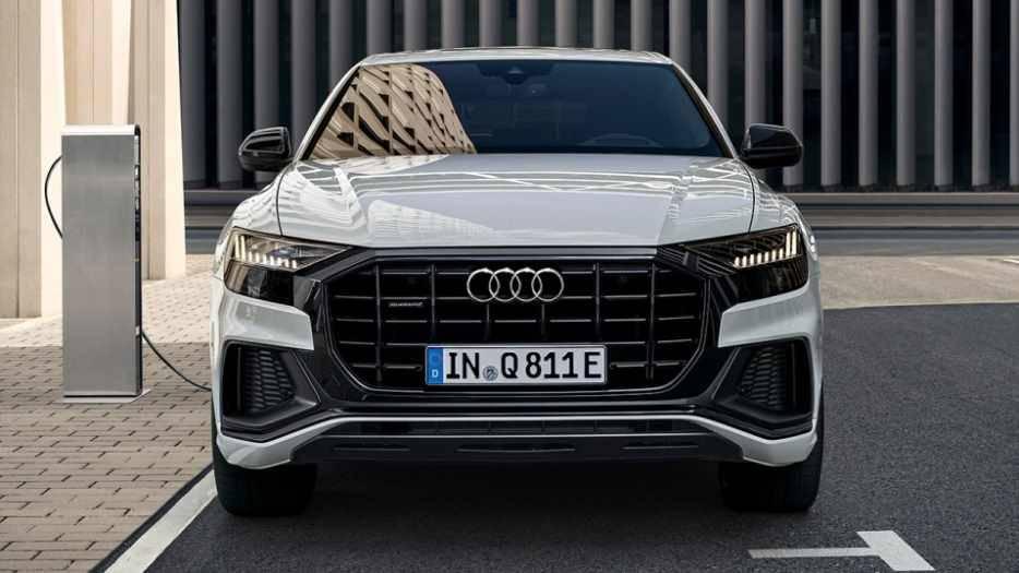 Audi Q8 TFSIe hybride recharge public borne réseau