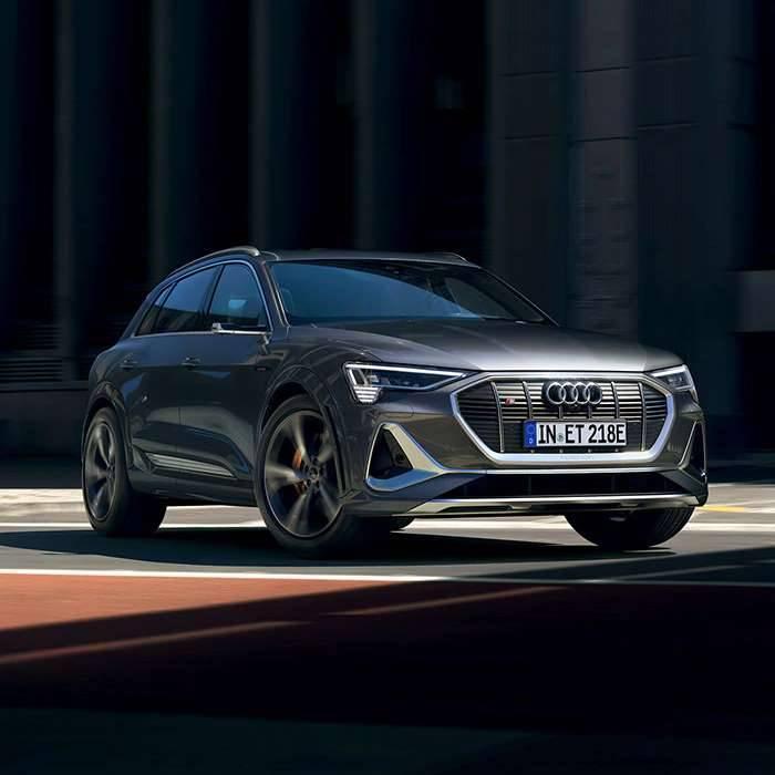 Nouvelle Audi etron S Sport SUV électrique photo