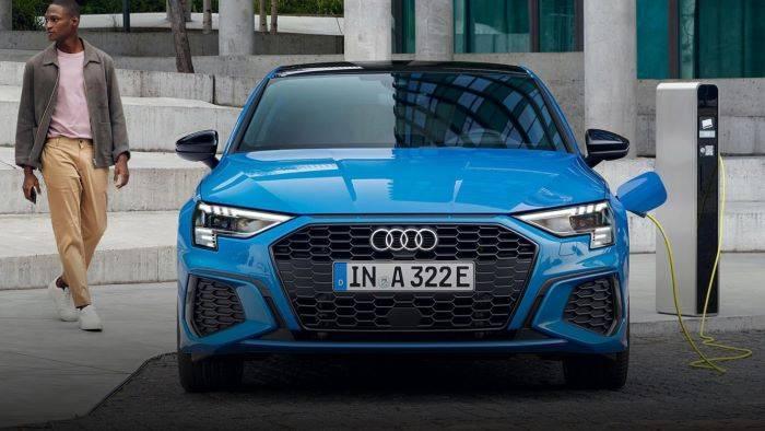 Nouvelle Audi A3 hybride TFSIe essence electrique
