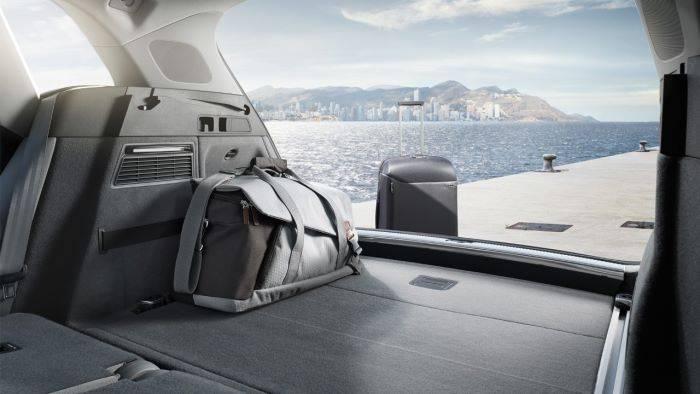 Audi Q5 Nouvelle 2018 2019 2020 coffre