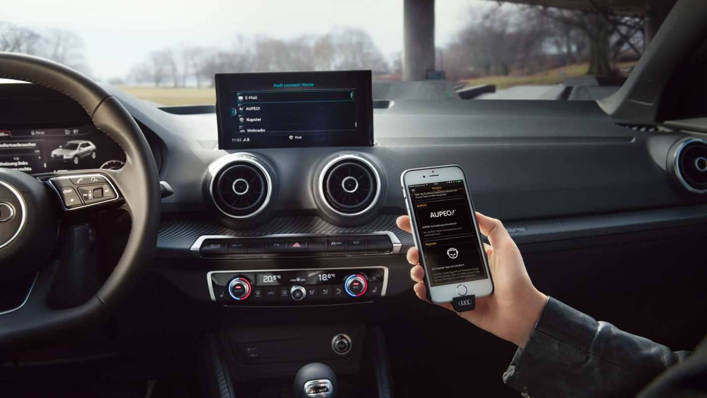 Nouvelle Audi Q2 carplay digital connexion
