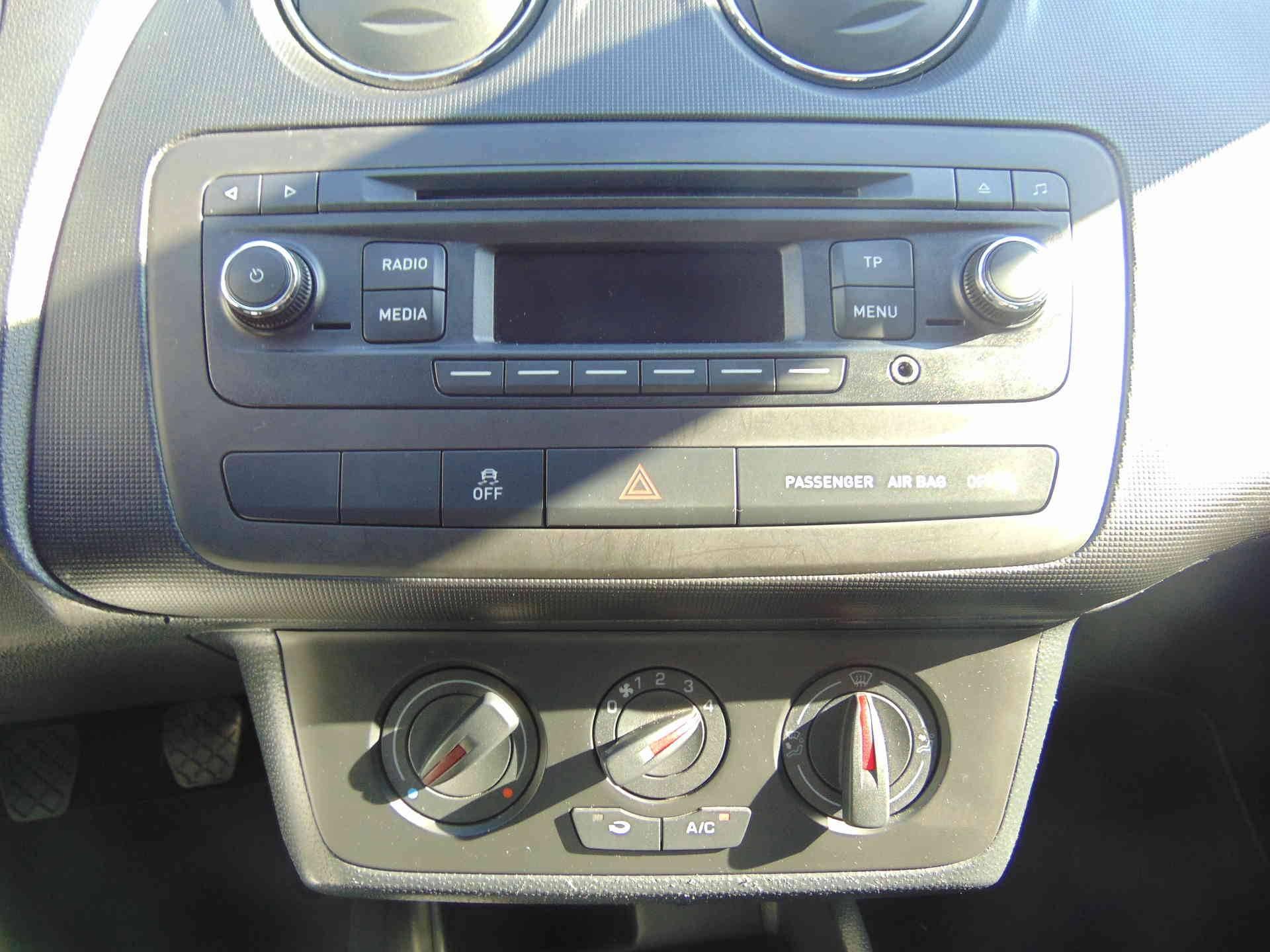 13 - Ibiza 1.2 60 ch